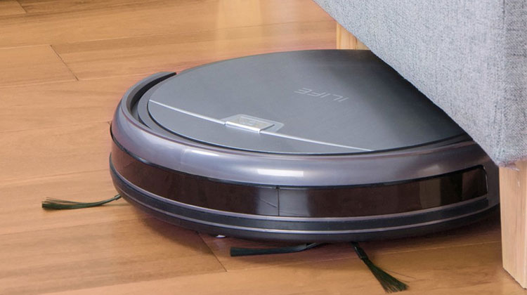 Best-Robot-Vacuum-Cleaners-iLife-A4-living-room