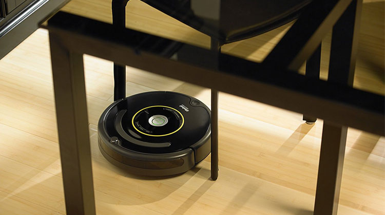 Best-Robot-Vacuum-Cleaners-Roomba-650-living-room